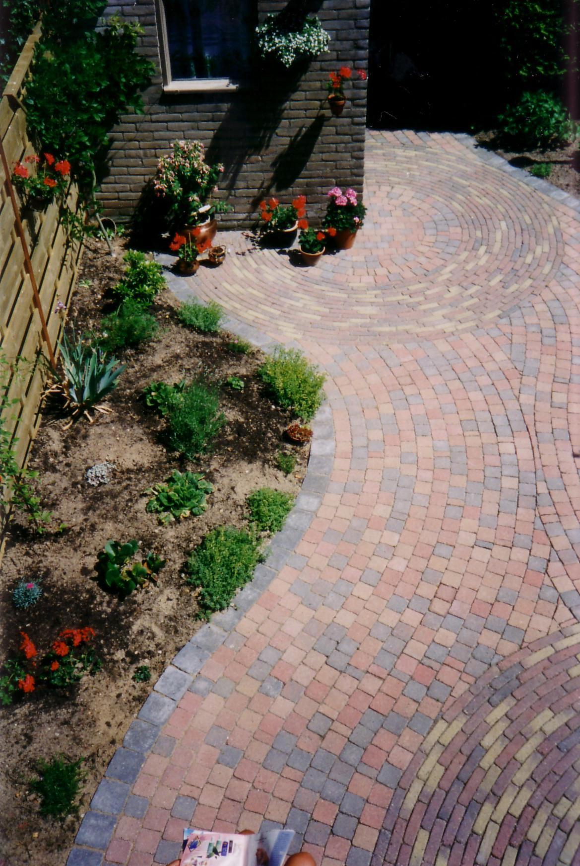 Tuin Voorbeelden Bestrating.Voorbeelden Bestrating Achtertuin Super Maarten Bos Bestrating